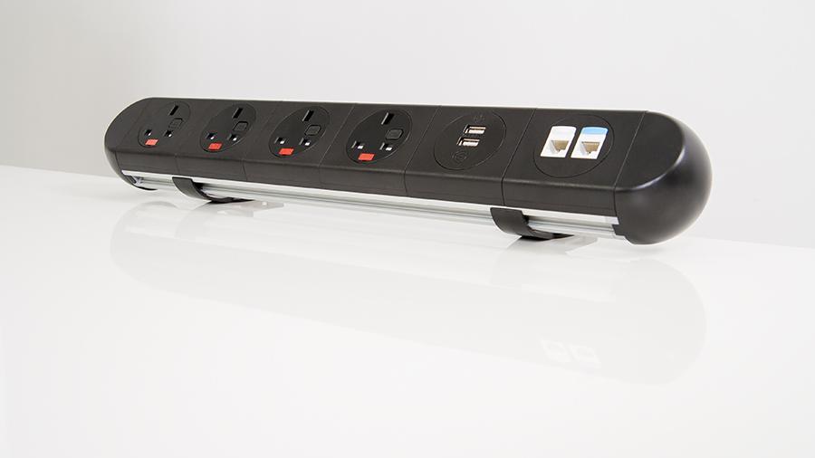 Mediaport BlackIce montowany do blatu oraz do listwy biurkowej