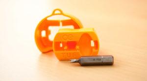 TUF-R wymienne gniazdo, ładowarka USB